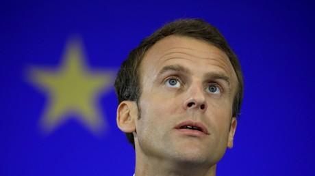 Emmanuel Macron au musée Grévin : la faible ressemblance de sa statue de cire raillée sur Twitter