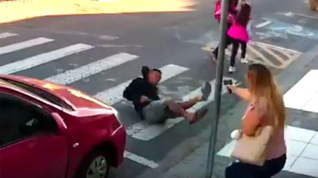 La jeune femme n'a pas hésité à tirer sur l'agresseur