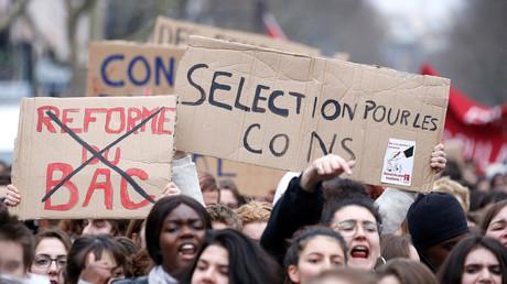 Image d'illustration. Etudiants et lycéens protestant notamment contre la sélection à l'Université le 22 mars 2018 à Paris.