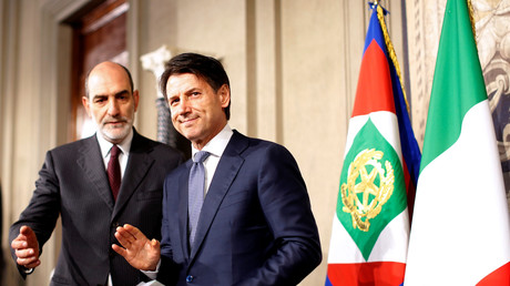 Giuseppe Conte avec le président italien le 23 mai