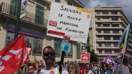 Marée populaire : manifestations dans toute la France contre la politique du gouvernement