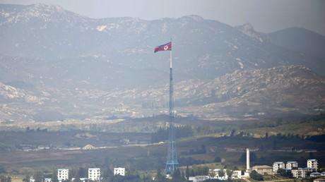 Des officiels américains traversent la frontière nord-coréenne en vue de l'éventuel sommet Kim-Trump