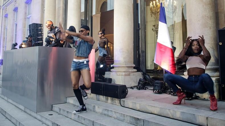 """Résultat de recherche d'images pour """"fête de la musique emmanuel macron"""""""