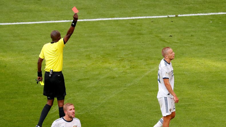 La Russie chute contre l'Uruguay (0-3) et termine deuxième du groupe A