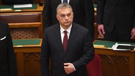 «Stop Soros» : le gouvernement hongrois veut emprisonner les organisateurs de migrations illégales