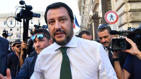 La droite française applaudit Matteo Salvini pour son refus d'accueillir des migrants