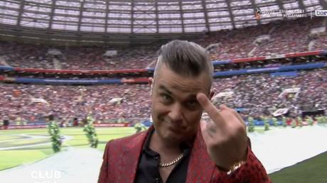 Robbie Williams a fait passer un message à ces critiques lors de la cérémonie d'ouverture de la Coupe du monde