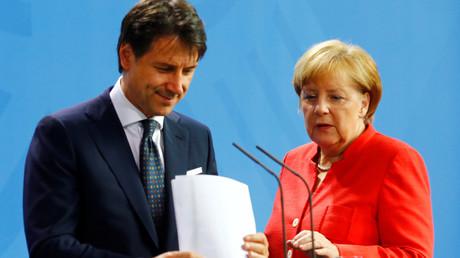 Giuseppe Conte et Angela Merkel le 18 juin 2018, ©Hannibal Hanschke/Reuters