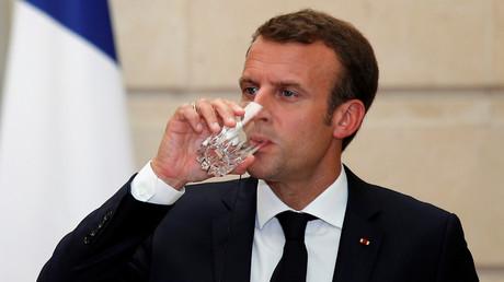 15 juin 2018 : Emmanuel Macron photographié lors d'une conférence de presse conjointe avec Giuseppe Conte.