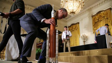 Un modèle du Space Launch System de la Nasa, installé à la Maison blanche pour le discours de Donald Trump, le 18 juin 2018 (illustration)