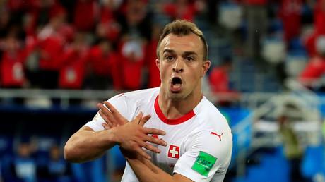 Xherdan Shaqiri célèbre son but face à la Serbie, le 22 juin