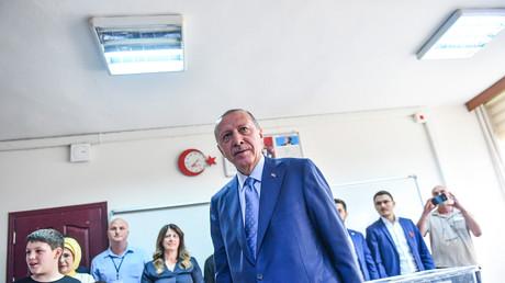 L'Otan et Poutine félicitent Recep Tayyip Erdogan, l'Europe plus prudente