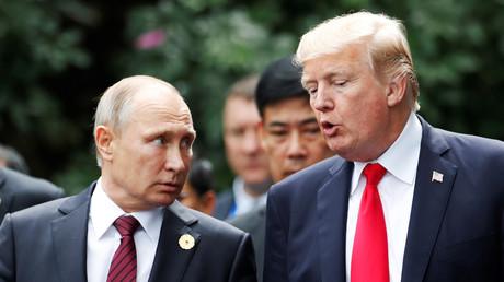 Rencontre entre Donald Trump et Vladimir Poutine le 11 novembre 2017