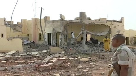 Image du QG du G5-Sahel ravagé par un attentat-suicide, le 29 juin 2018, à Sévaré, Mali