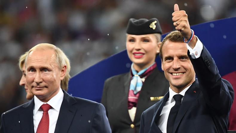 «Poutine ! Eh ! Eh ! Eh !» Les Bleus intègrent le président russe à leur chant de victoire