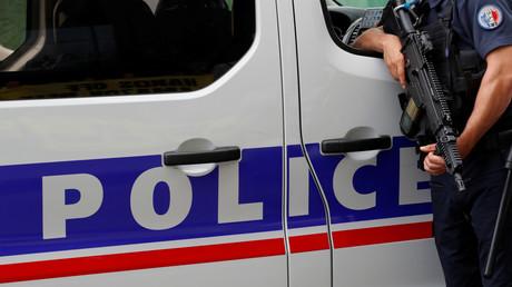 Un policier en mission pendant une manifestation à Paris, juin 2018, illustration