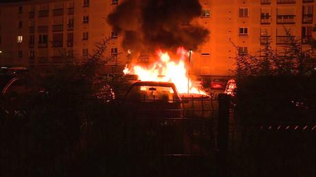 Nantes : une voiture brûle, 6 juillet, illustration