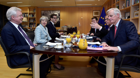 David Davis, Theresa May, Jean-Claude Juncker et Michel Barnier en décembre 2017, photo ©Eric Vidal/Reuters