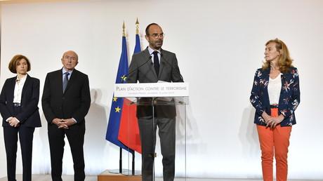 Terrorisme islamiste : Edouard Philippe annonce de nouvelles mesures depuis le siège de la DGSI