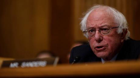 Le sénateur démocrate Bernie Sanders, candidat malheureux à l'élection présidentielle, en commission budgétaire au Capitole à Washington en février 2018, illustration