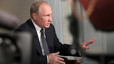 Vladimir Poutine accorde un entretien à Fox News, après sa rencontre avec Donald Trump