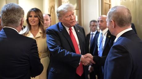 Trump dit avoir eu de «bien meilleurs» entretiens avec Poutine qu'avec l'OTAN