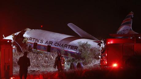 Afrique de Sud : un crash d'avion filmé de l'intérieur par un passager (VIDEO)