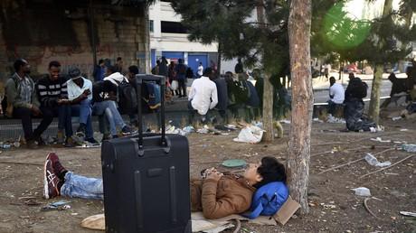 Expulsion à venir des migrants mineurs marocains après un accord passé entre Paris et Rabat