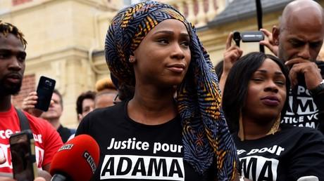 «Justice pour Adama» : mobilisation à Paris et Beaumont-sur-Oise, 2 ans après la mort d'Adama Traoré