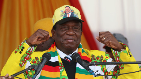 Le président du Zimbabwe Emmerson Mnangagwa