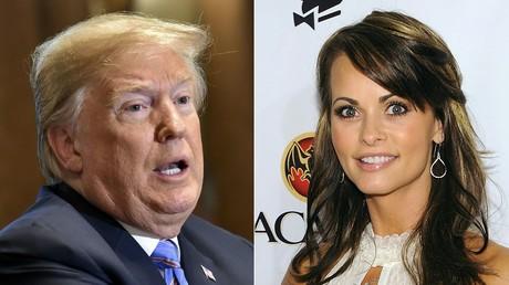 Donald Trump à gauche, Karen McDougal à droite
