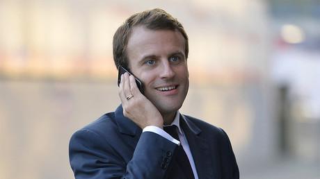 Sur Twitter, Emmanuel Macron sort de son silence... pour soutenir les victimes d'incendies en Grèce