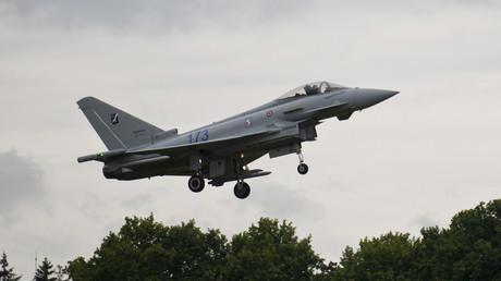 OTAN : la RAF fait décoller deux avions de chasse depuis la Roumanie pour intercepter un avion russe