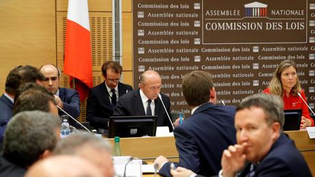Qui est Yaël Braun-Pivet, députée marcheuse et présidente contestée de la commission des lois ?