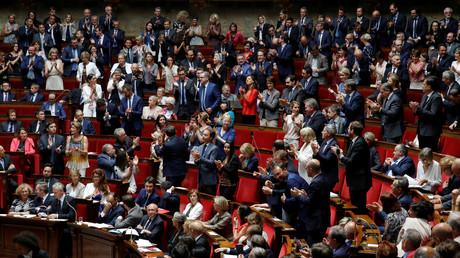 Aina Kuric, nouvelle frondeuse au sein de LREM, est menacée d'exclusion du parti