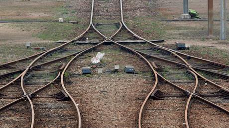 Image d'illustration : jonction de rails près de la gare Sotteville-Les-Rouen