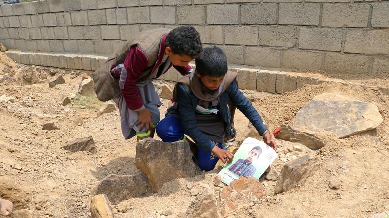 """Résultat de recherche d'images pour """"enfants tués au yemen"""""""