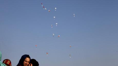 Cerf-volants incendiaires : Israël bloque de nouveau les livraisons de gaz et de carburant à Gaza