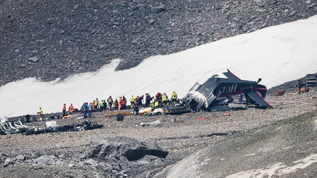 Crash d'un avion de collection en Suisse : aucun survivant
