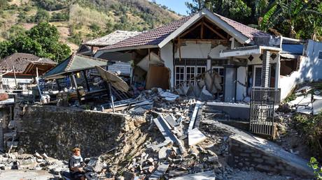 Une maison endommagée suite à un fort tremblement de terre à Pemenang, au nord de Lombok, en Indonésie, le 6 août 2018.