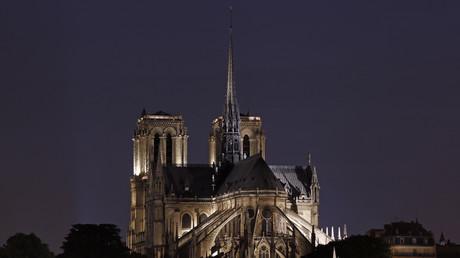 Mais qui a «empoisonné» l'eau du bénitier de Notre-Dame de Paris ?