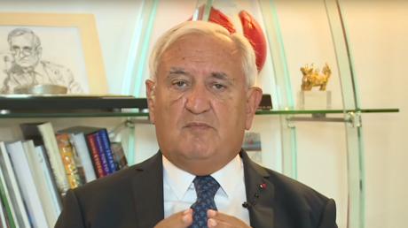 Le dossier iranien, l'occasion d'affirmer une vision commune entre Paris et Moscou, selon Raffarin