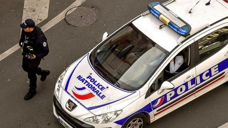 Course-poursuite mortelle à Paris : rassemblements en soutien au policier mis en examen (IMAGES)