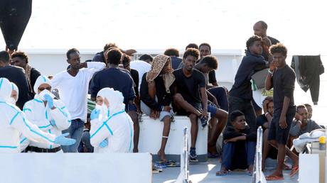 Les migrants à bord du Diciotti