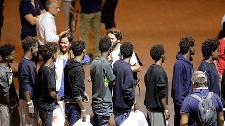 Les migrants débarqués du Diciotti seront accueillis par l'Eglise italienne, l'Albanie et l'Irlande