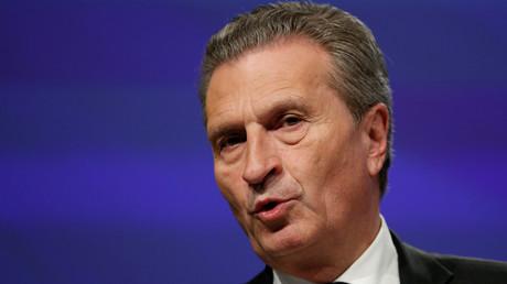 Le commissaire européen au Budget Günther Oettinger
