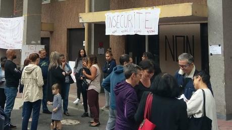 Riverains mobilisés : le centre pour migrants n'ouvrira pas dans le XVIIIe (mais ailleurs à Paris)