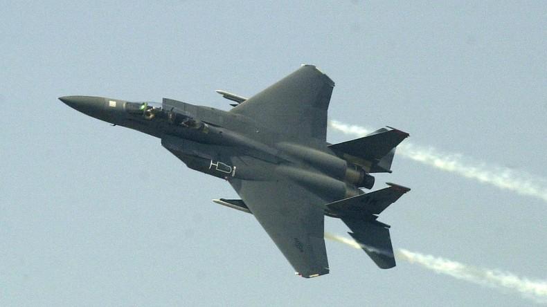 Syrie : selon la défense russe, deux F-15 américains auraient bombardé Deir ez-Zor au phosphore