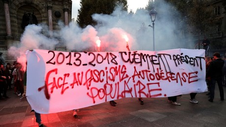 Le 3 septembre 2018, antifas manifestant à la veille du procès aux assises des trois skinheads impliqués dans la mort du jeune militant antifa Clément Méric mort le 5 juin 2013.