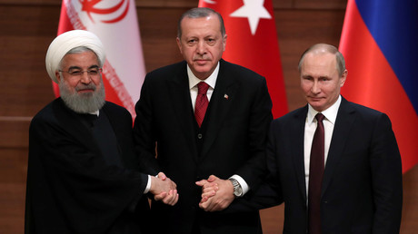 Hassan Rohani, Recep Tayyip Erdogan et Vladimir Poutine à Ankara en avril 2018